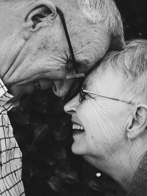 літня пара порозуміння любов стратегія вибір розуміння