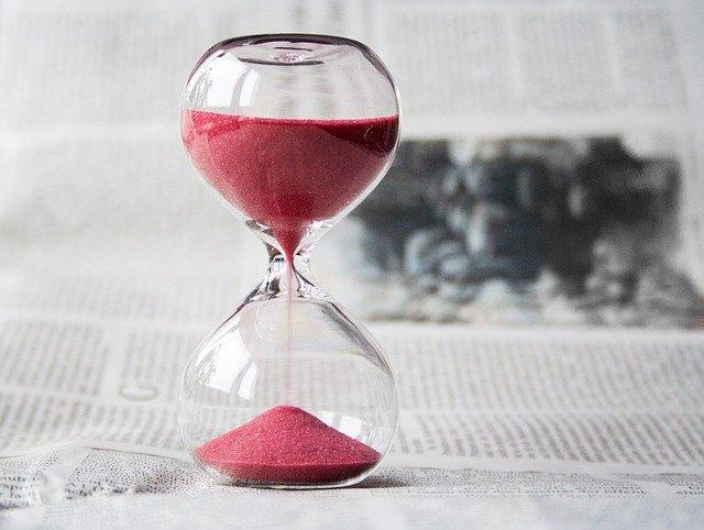 піщаний годинник час ресурс