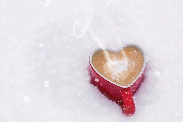 кава сніг чашка кохання жінка чоловік