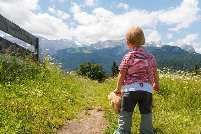 дитина шлях сонце природа