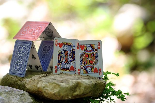 колода карт король та королева