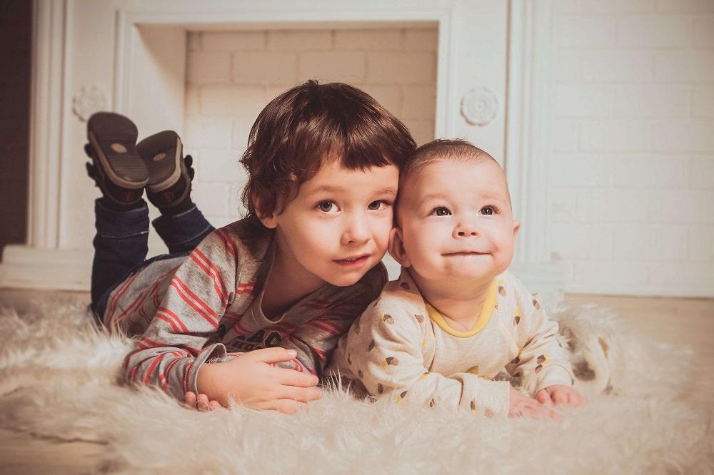 любов між дітьми