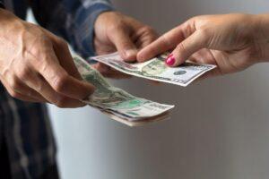 Як змінити мислення щодо грошей